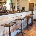 Royal Oak - Bar Side